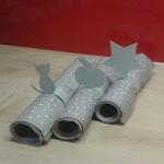 Serviettenringe aus Papier für das Weihnachtsessen