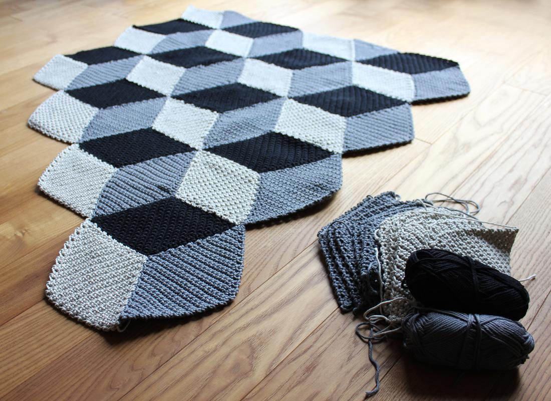 geometrische 365 tage h keldecke m rz zwischenstand. Black Bedroom Furniture Sets. Home Design Ideas