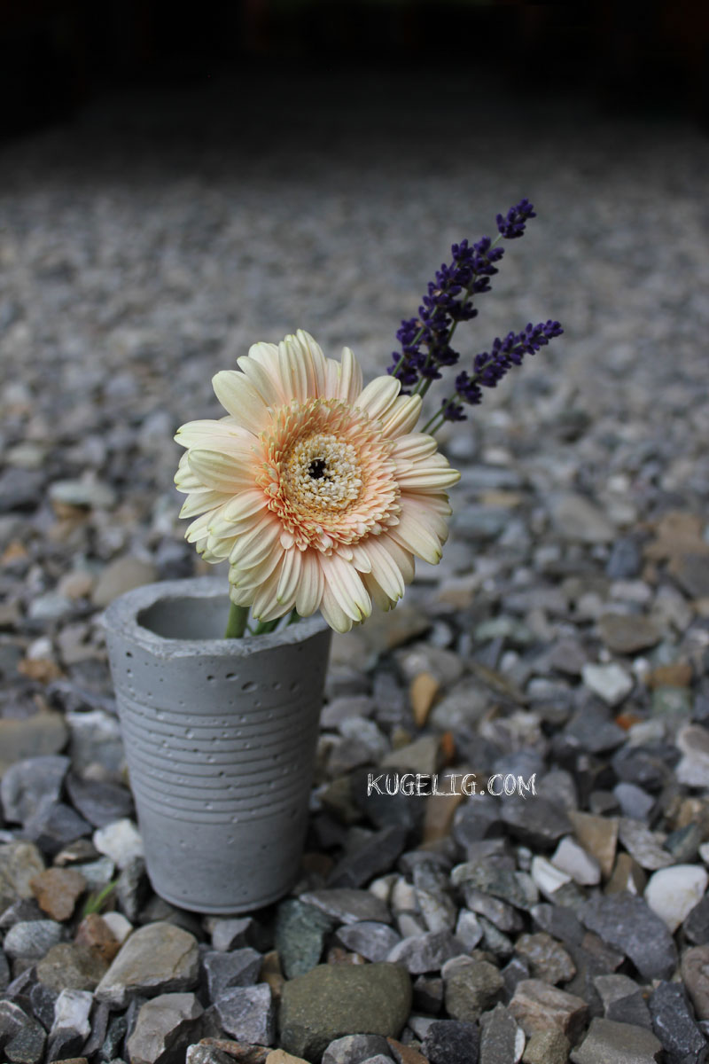 Outdoor-Beton-Vase