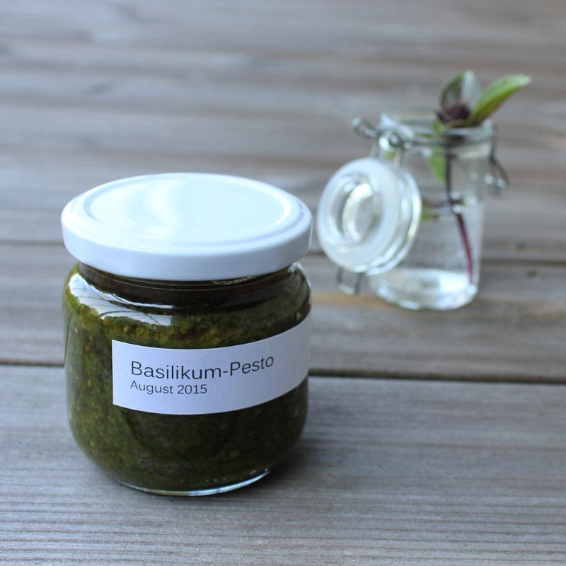 Basilikum-Pesto mit Rezept