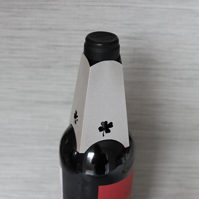 Flaschenhals-Kragen