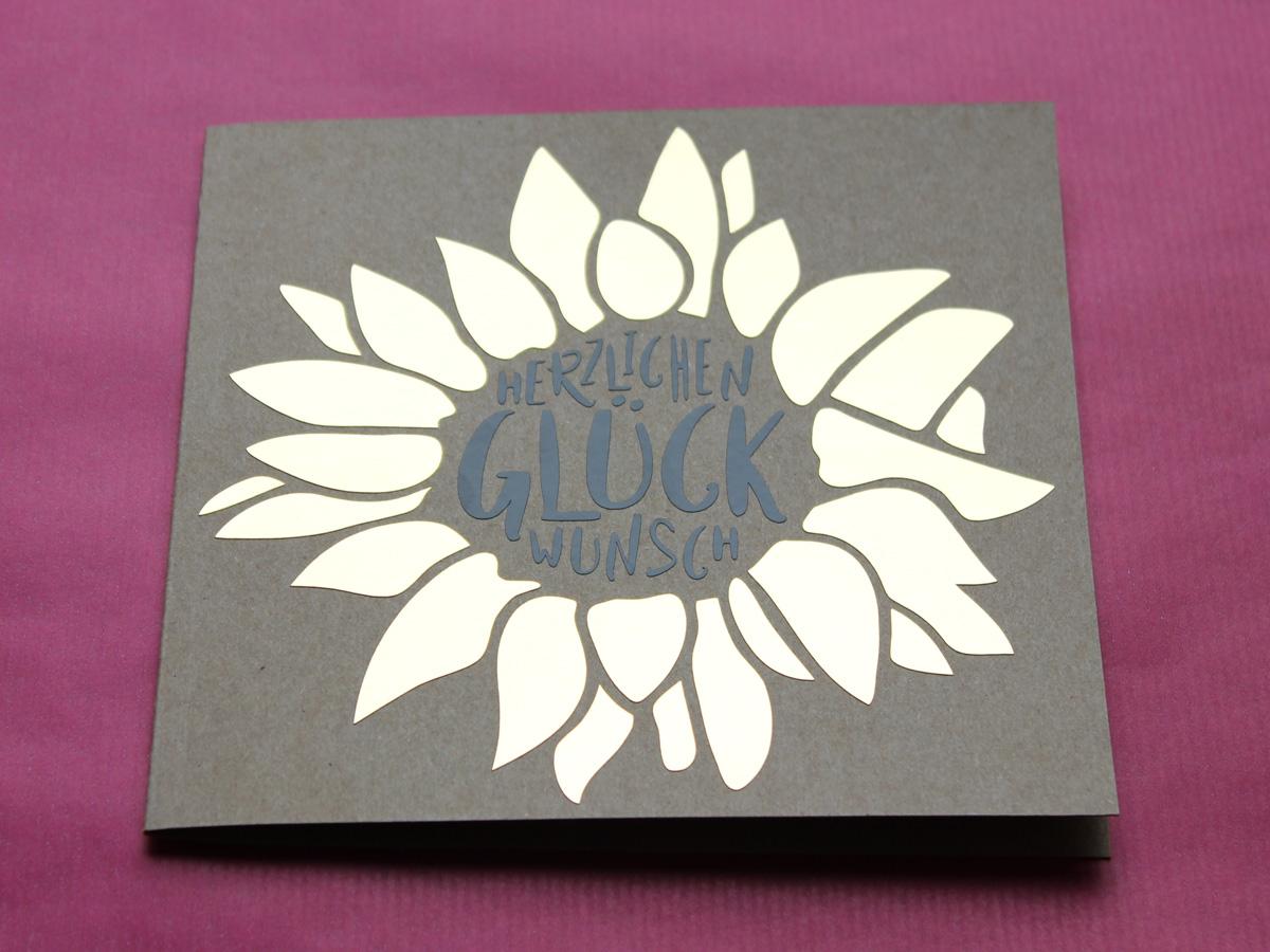 Plotterfreebie: Glückwunschkarte mit Sonnenblume