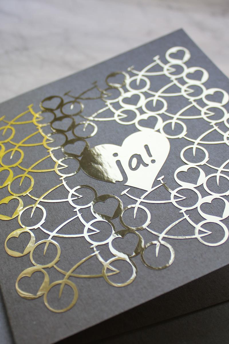 Plotter-Freebie Hochzeitskarte mit Fahrrad und Herzen