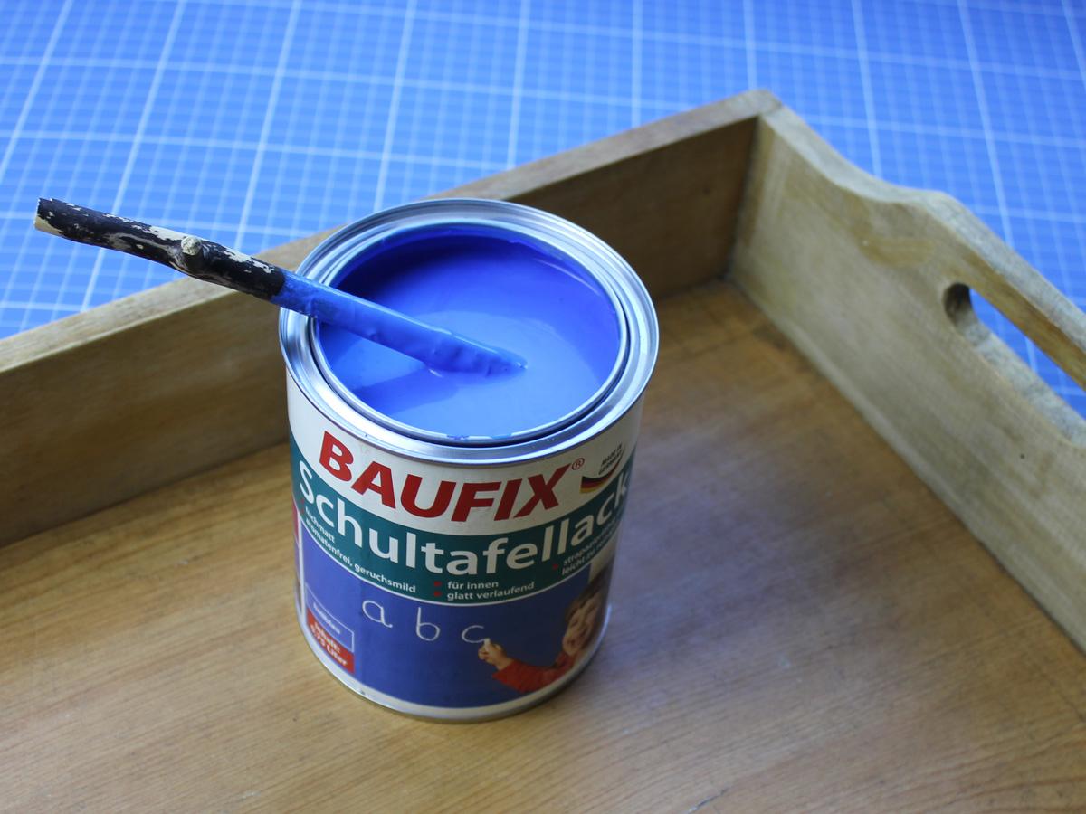 """Mein Tablett im """"Rohzustand"""" & der Schultafellack in hellblau von BAUFIX"""