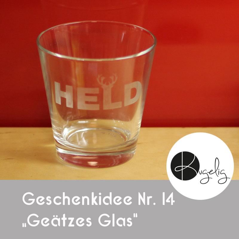 """Geätztes Glas - Geschenkidee Nr. 14 bei """"24 Geschenkideen aus dem Plotter"""""""