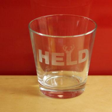 Glas mit Ätzpaste und Schablonenfolie