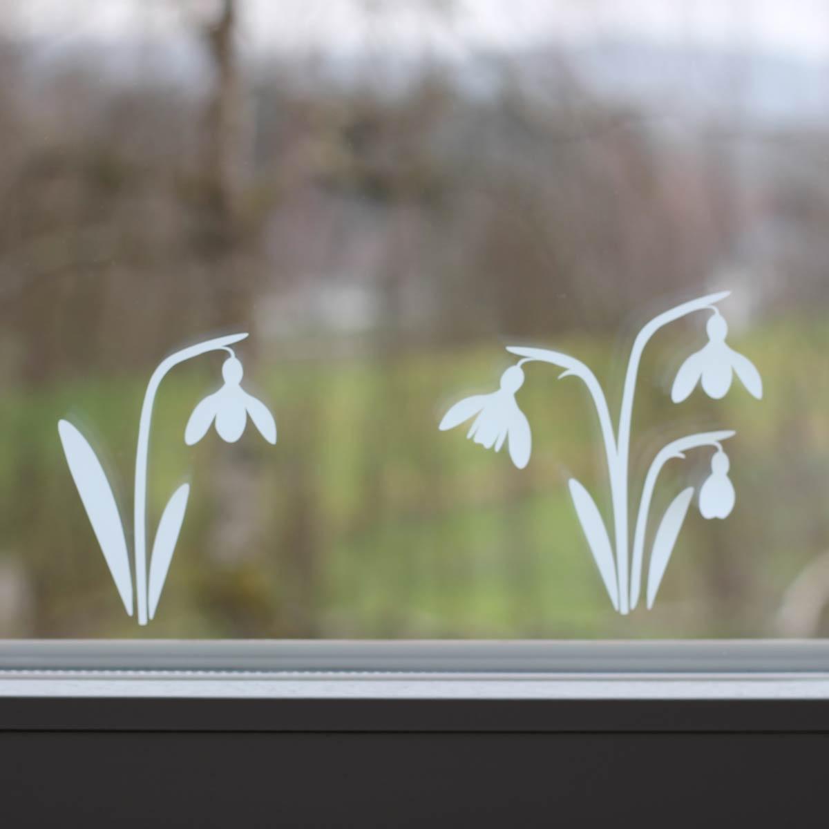 Plotterfreebie Schneeglöckchen - aus Adhäsionsfolie geplottet als Fensterdeko