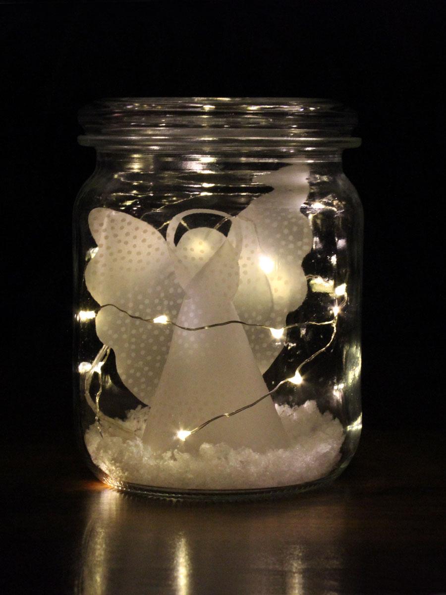Dekotipp: Weihnachtsengel im Weckglas - mit kurzer Draht-LED-Lichterketter und Kunstschnee