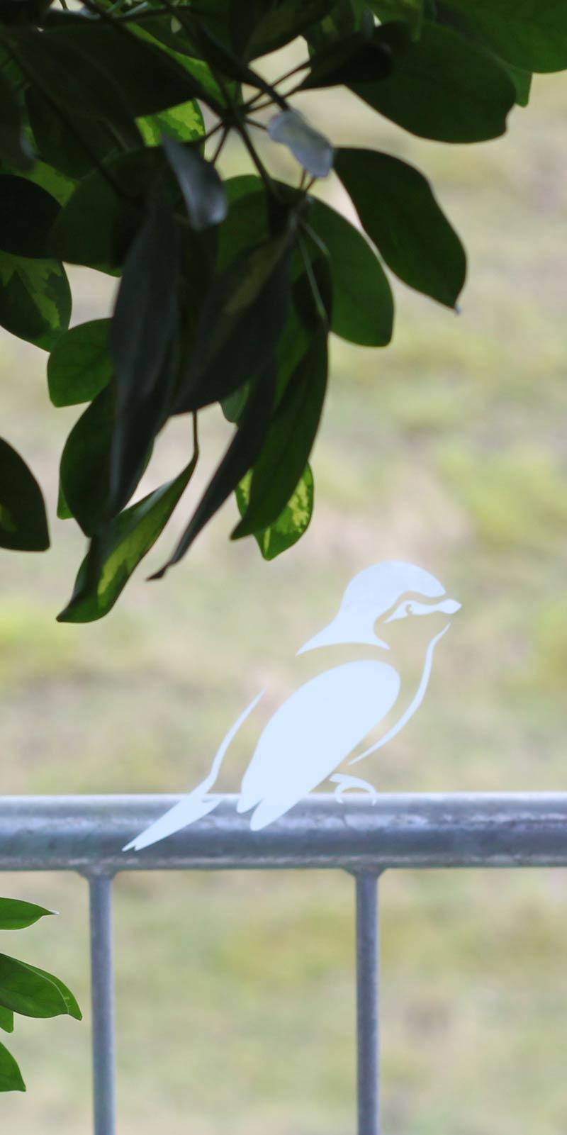 Blaumeise aus Adhäsionsfolie als Fensterbild - Plotterfreebie