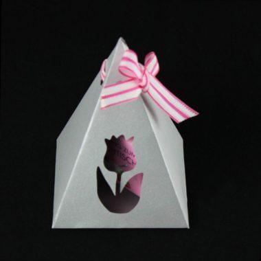 Pyramiden-Geschenkverpackung Plotterfreebie