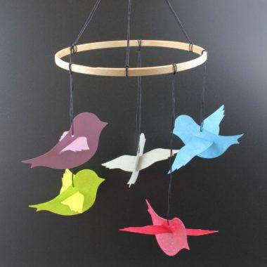 Baby Mobile basteln mit kleinen Vögelchen aus SnapPap