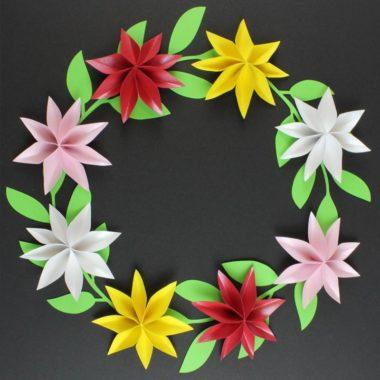Blumenkranz aus Papierblumen basteln