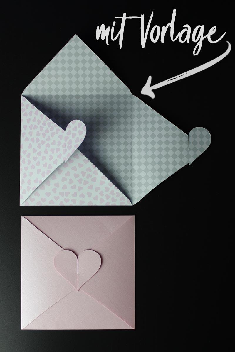 Bastelvorlage für Kuvert mit Herz-Verschluss