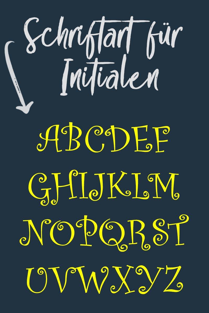 """Tipp: kostenlose Schriftart """"Curlz"""" zum Plotten von Monogrammen & Initialen für Kinder"""