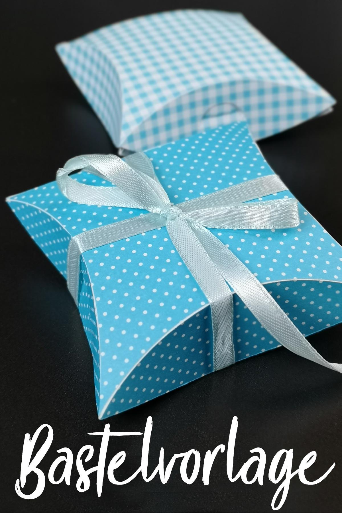 Bastelvorlage für quadratische Pillow-Box