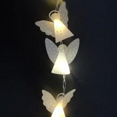 Plotterfreebie für Weihnachtsengel & Bastelanleitung für Mini-Engel-Lichterkette